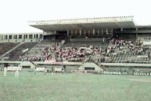 Figura 26- Ato de inauguração da INTERMED de Santos 1970 no estádio da Vila Belmiro.