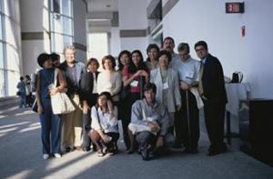 Figura 7- Parte da delegação da Disciplina de Gastropediatria da Escola Paulista de Medicina, UNIFESP, docentes, pós-graduandos e especializandos, presente ao I Congresso Mundial, em Boston, em agosto de 2000.