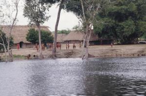 Figura 24- Chegada a aldeia Juruna em 1990.