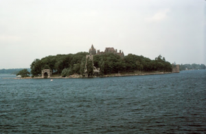 Figura 15- Região das Thousand Islands, no lago Ontário, Canadá em uma das viagens de verão.