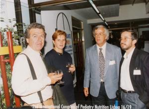 Figura 34- No coquetel do evento com Fábia, Francisco Penna e Luciano Peret.