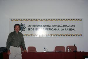 Figura 35- Minha participação do curso de Mestrado Internacional na Universidade Internacional de Andalucia, em La Rábida, em 1996. Uma das minhas palestras, lá estive por toda uma semana.