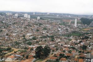 Figura 3- Vista aérea da região da Vila Santa Catarina aonde a favela cidade Leonor está implantada.