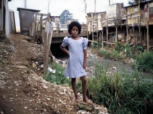 Figura 10- Criança moradora da favela.