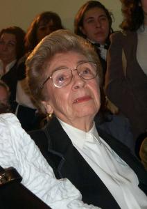 Figura 54: Minha amada mãe Walkyria Lobo Fagundes exemplo de virtude, uma verdadeira heroína que sempre esteve ao meu lado, recebeu o devido reconhecimento em meu discurso de posse.