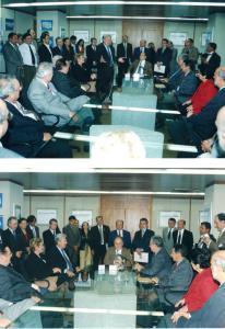 Figuras 48-49: Cerimônia oficial da posse de reitor em 2003 em Brasília transmitida pelo Ministro da Educação Cristóvão Buarque.